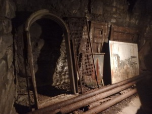 Some of whats left underground in Seattle after looters took most of what was left in the 1950s
