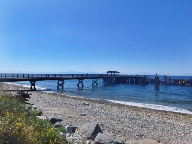The pier at Sechelt, one of the larger towns on Sunshine Coast